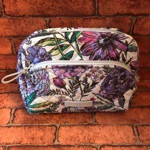 Vera Bradley Medium Cosmetic bag Lavender Meadow🐞
